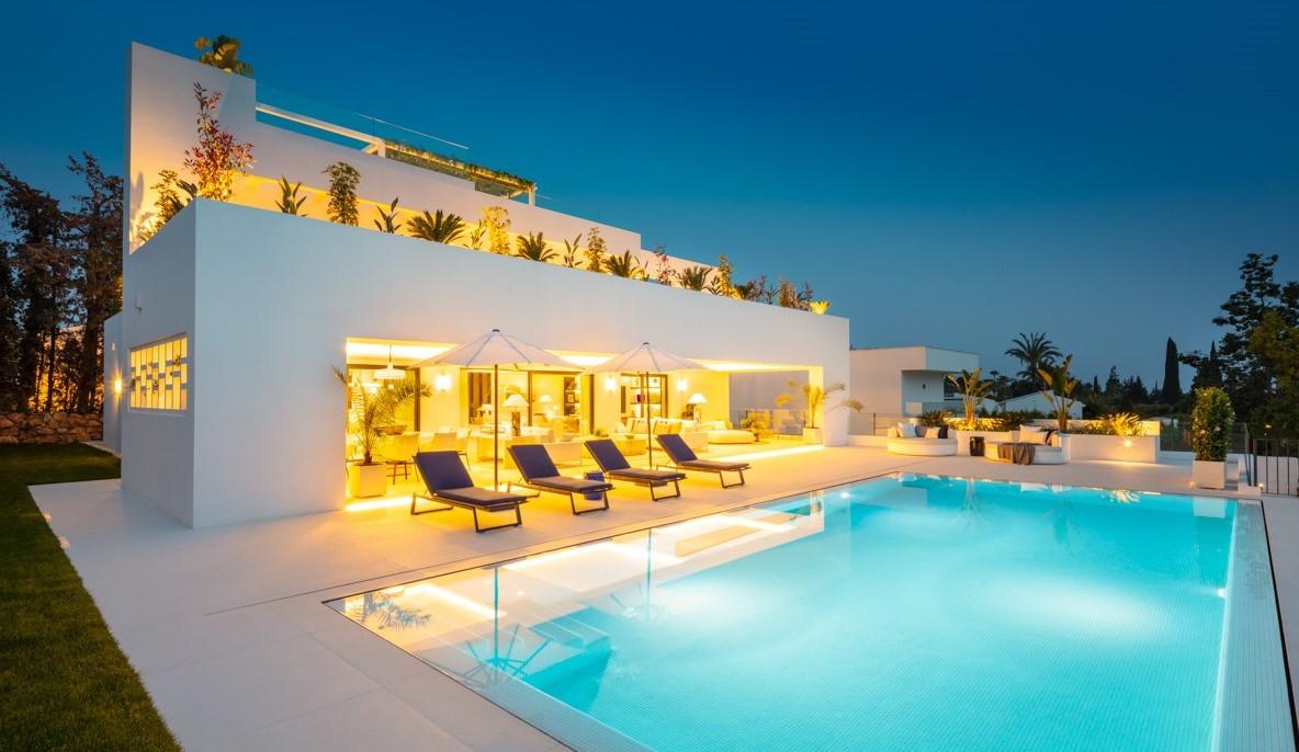 Villa en venta Nueva Andalucia Marbella