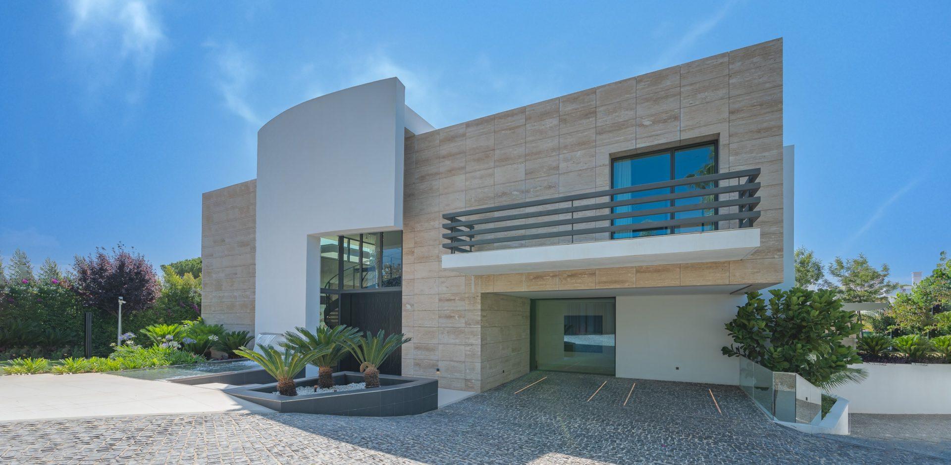 Contemporary villa Marbella Golden Mile